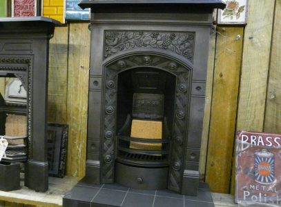 065B_1600_Antique_Victorian_Bedroom_Fireplace