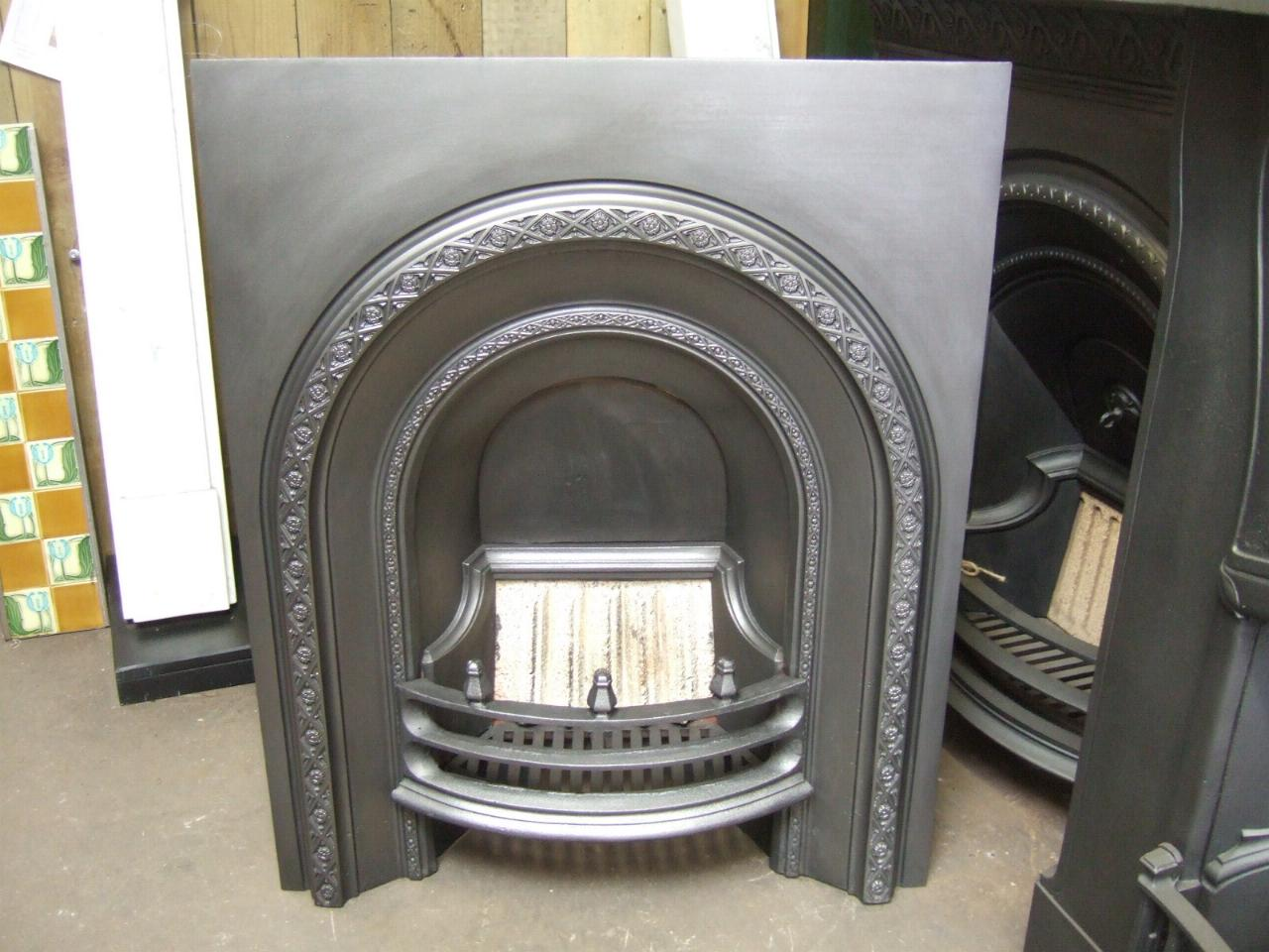 188AI - Victorian Arched Fireplace Insert - Anglesey - Old Fireplaces