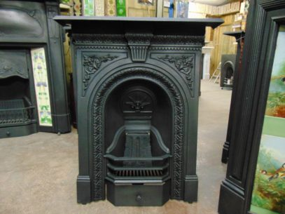 195B_1611_Victorian_Bedroom_Fireplace