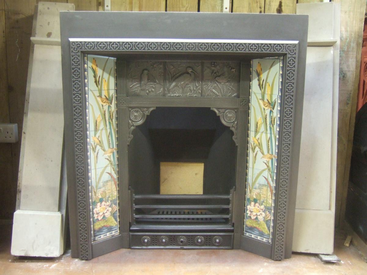 33 Mile Radius >> Original Arts & Crafts Tiled Insert - 138TI - Old Fireplaces