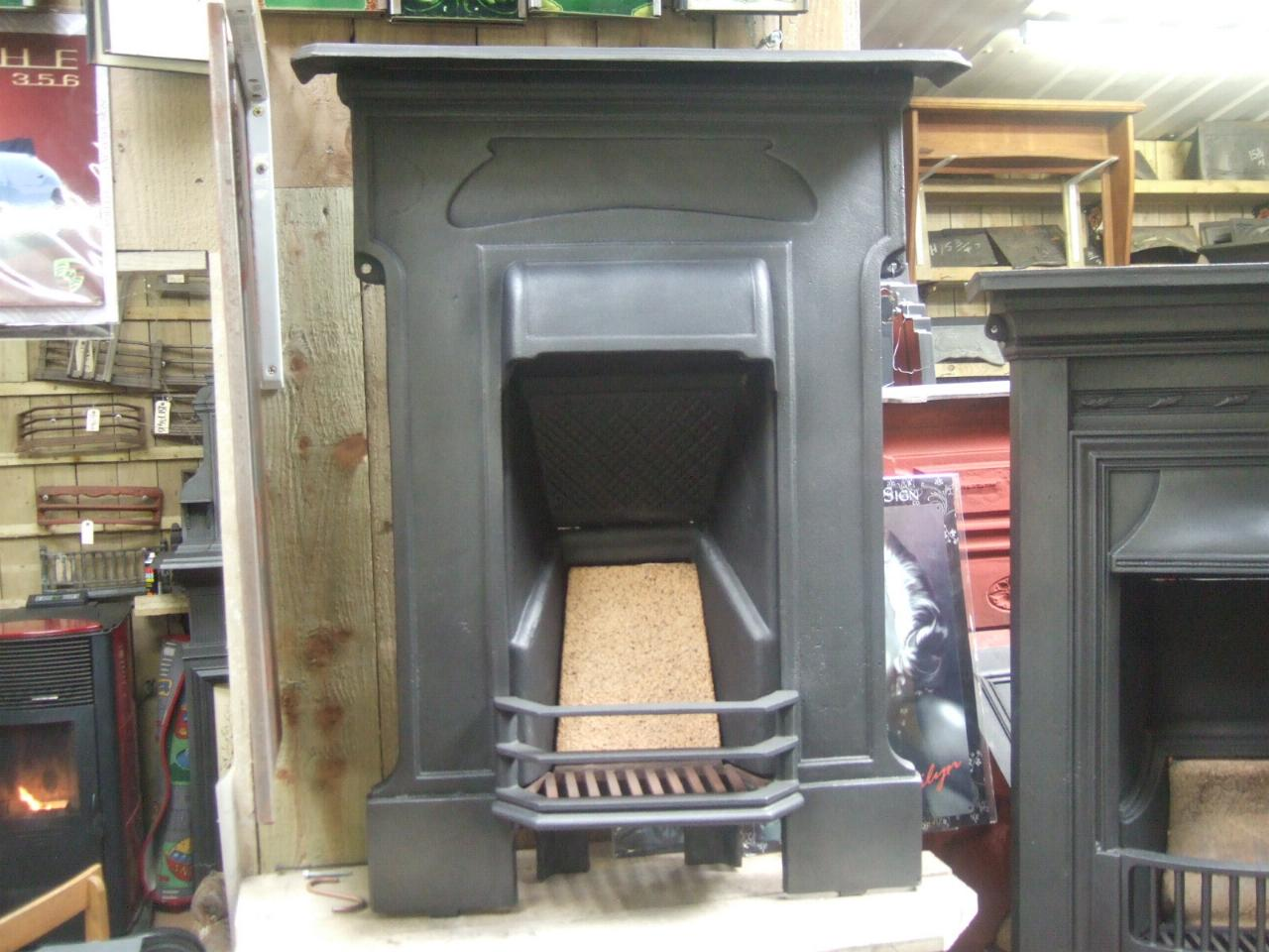 Edwardian Cast Iron Bedroom Fireplace 146b Old Fireplaces