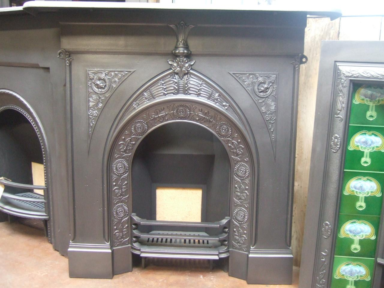 Victorian arts crafts cast iron fireplace 185lc old for Victorian corner fireplace