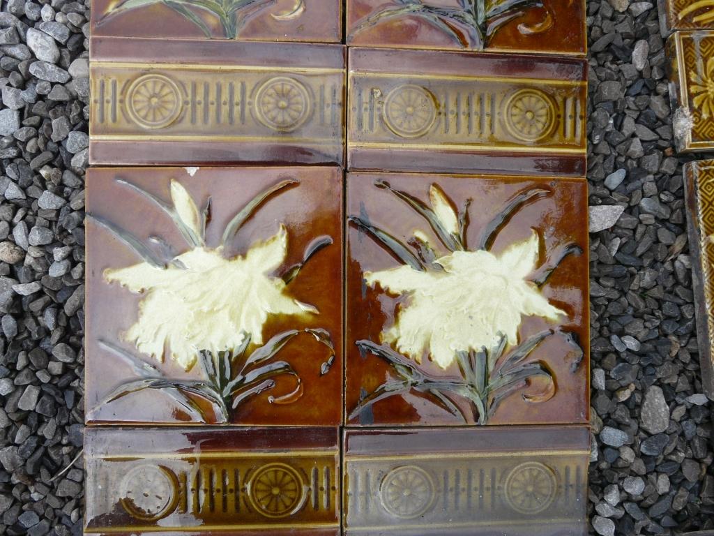 Original Victorian Fireplace Tiles - V028 - Old Fireplaces