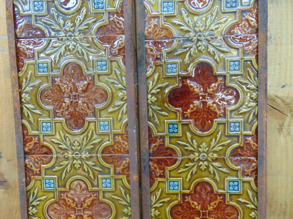Original Victorian Fireplace Tiles - V035 - Old Fireplaces