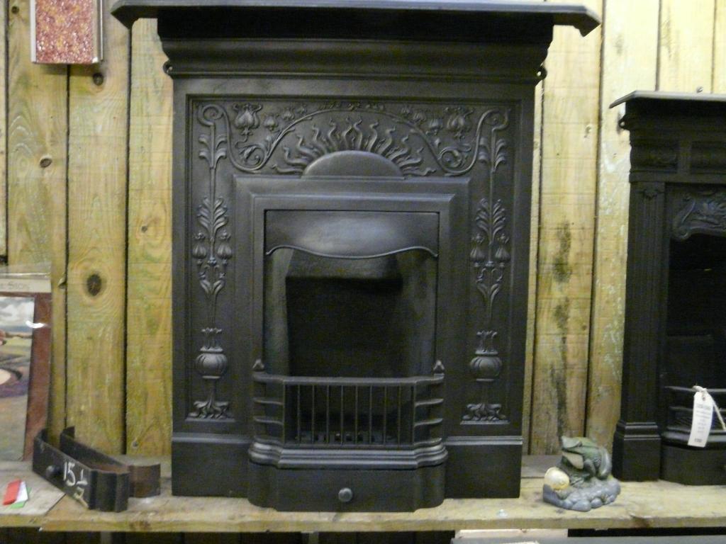074mc 1354 Art Nouveau Cast Iron Fireplace Antique