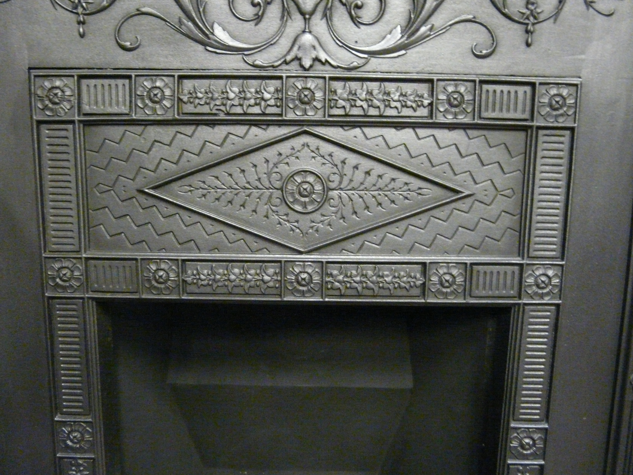 victorian cast iron fireplace 077lc old fireplaces