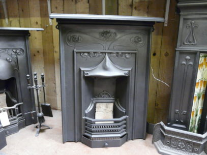 020MC_1058_Medium_Combination_Fireplace