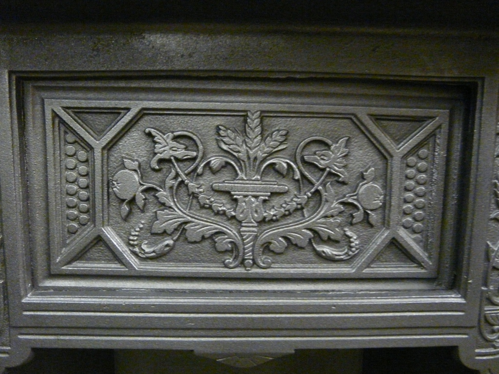 Antique Victorian Tiled Insert - 052TI-1091 - Old Fireplaces