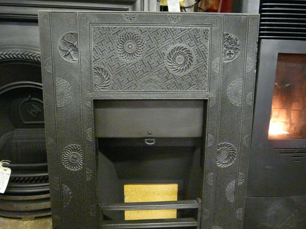Thomas Jeckyll Cast Iron Insert 144i 1566 Old Fireplaces