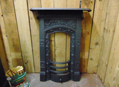 041B_1626_Antique_Victorian_Bedroom_Fireplace