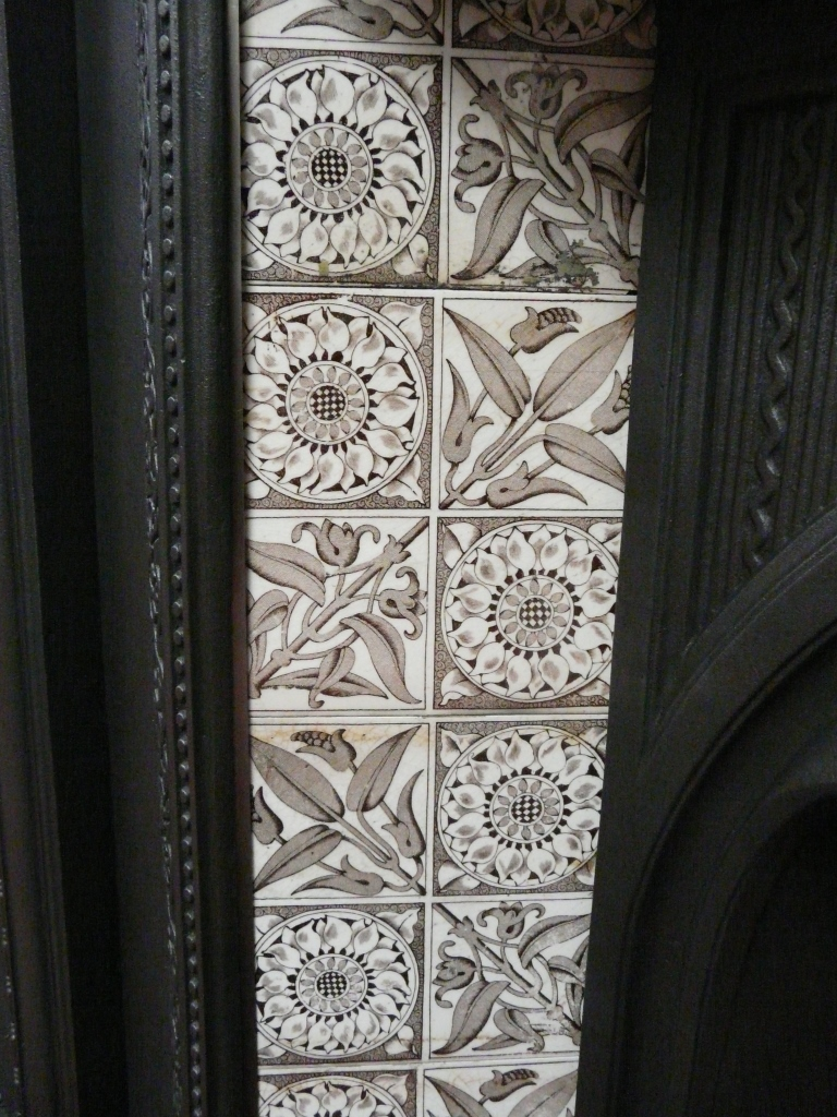 Aesthetic Movement Fireplace Tiles V066 Old Fireplaces