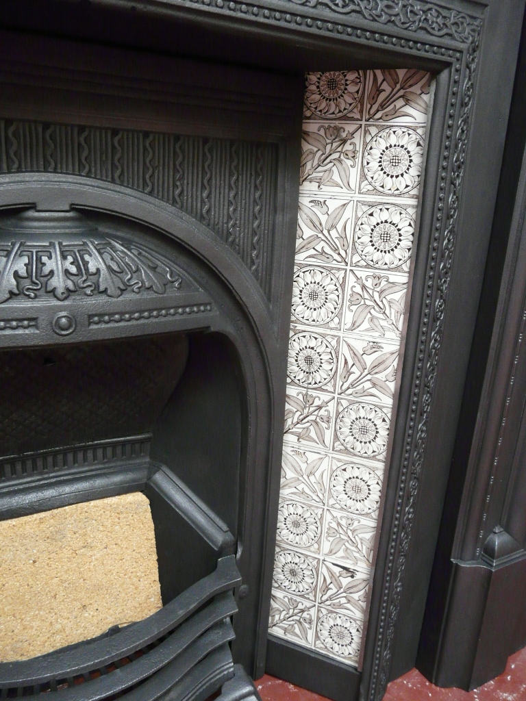 Aesthetic Movement Fireplace Tiles - V066 - Old Fireplaces