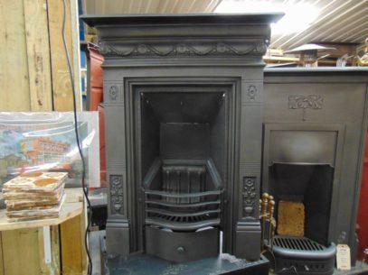 091B_1588_Victorian_Bedroom_Fireplace