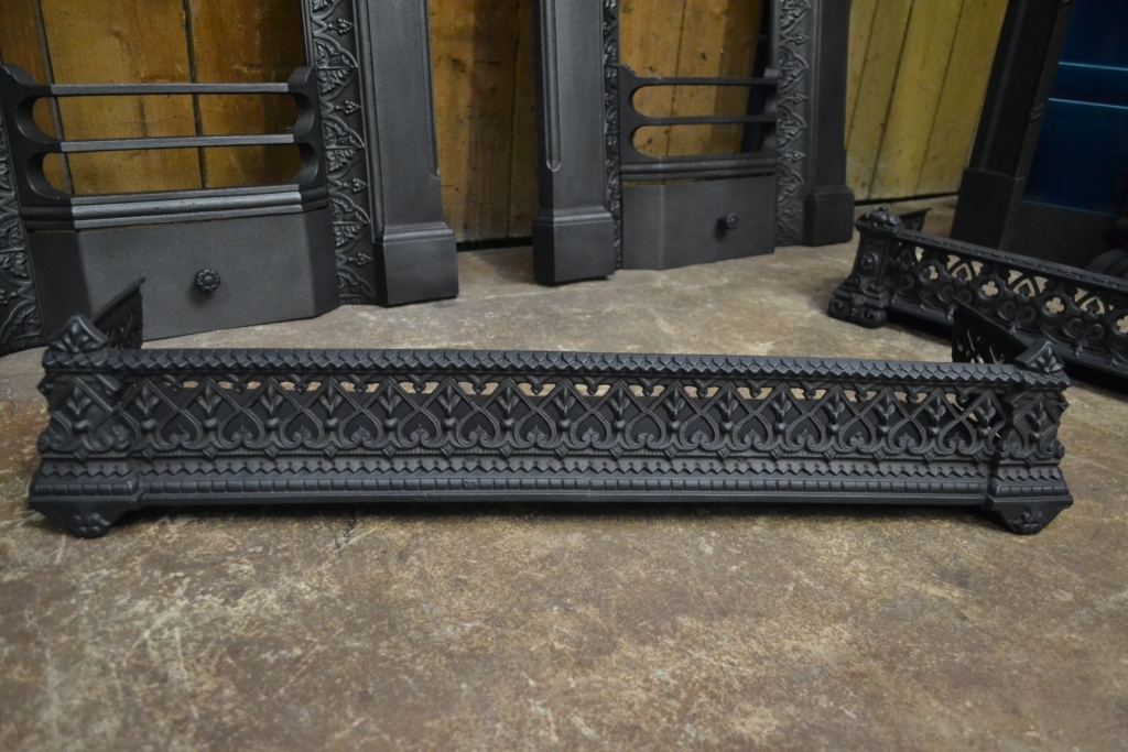 Victorian Cast Iron Fender 3033fe Old Fireplaces