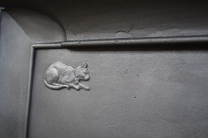 Voysey Cat and Mouse Fireplace 3091LC